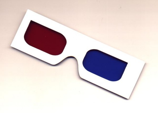 Anaglyph red and blue 3D glasses